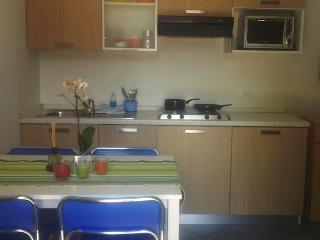 RIMINI, appartamenti a 50 metri dal mare - Marebello vacation rentals