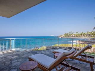 3 bedroom OCEANFRONT home in gated community, Alii Point 12-PH12Alii - Kailua-Kona vacation rentals