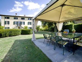 18th century Manor with a chapel at the center of the villa 4km from Lucca. SAL VCA - Lucca vacation rentals