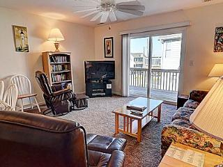 Turtle Cove 218 - Painters Joy - Water View, Community Pool, Beach Access, Near Ocean - Surf City vacation rentals