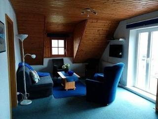 Vacation Apartment in Immenstaad - 915 sqft, quiet, convenient, comfortable (# 5418) - Immenstaad vacation rentals