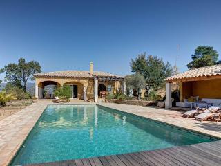Villa in Eygalieres, Cote DAzur - Eygalieres vacation rentals