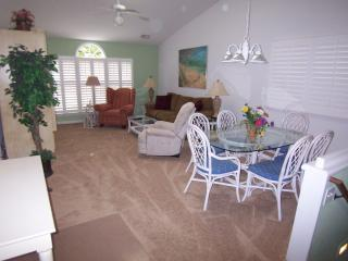 1 BR BA (23DV), 2nd Floor, King, 1 Mile to Beach - Sunset Beach vacation rentals