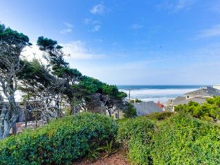 Oceanfront home two blocks from beach with outdoor firepit! - Lincoln Beach vacation rentals