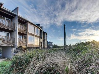 Spacious home with spectacular ocean views & shared hot tub - Rockaway Beach vacation rentals
