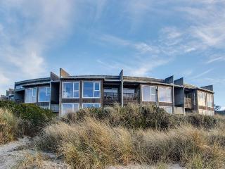 Seaside, dog-friendly condo with ocean views & shared hot tub! - Rockaway Beach vacation rentals