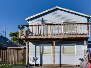 Dog-friendly, oceanview home w/ private hot tub - steps from the beach! - Rockaway Beach vacation rentals
