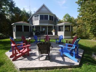 4 season- Big Rideau Vacation Home - Rideau Lakes vacation rentals