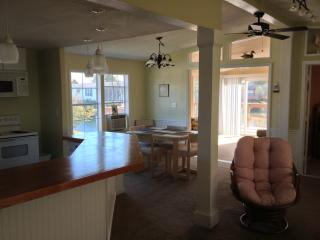 Seaclusion! Includes Golf Cart! - Surfside Beach vacation rentals