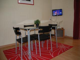 Cammela Apartamento 1 - Madrid Area vacation rentals