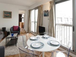 Two bedrooms   Paris Montparnasse district (972) - Paris vacation rentals