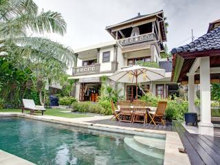 Luxury Villa in Southern Bali.Peaceful,Lush,Homey - Ungasan vacation rentals