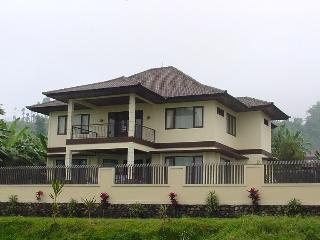 A Private Baturiti / Bedugul House for You - Baturiti vacation rentals