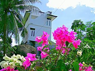 Ban Sua Samui - Unique roof terrace bungalow - Chaweng vacation rentals
