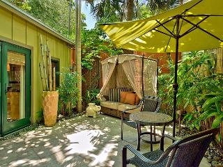 Bali Hideaway: A studio cottage that's perfect for two - Key West vacation rentals