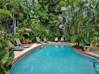 Ann Street Tranquility:  A cozy and peaceful cottage - Florida Keys vacation rentals