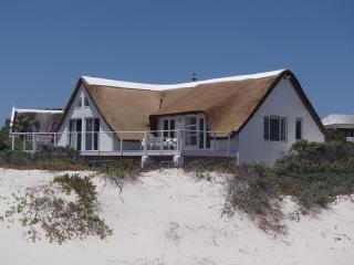 Lovely Villa with Deck and Internet Access - Kommetjie vacation rentals