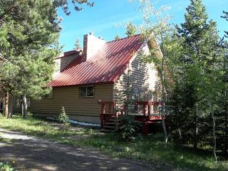 Cotton Patch is a hunters lodge. - Island Park vacation rentals