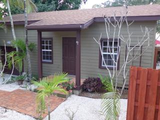 Studio Green Palm - Fort Myers vacation rentals