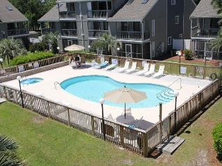 Golf Colony Resort Newly Remodled great ground floor beach getaway! -31I - Surfside Beach vacation rentals