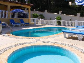 Spacious 4 bedroom Villa in Hisaronu - Hisaronu vacation rentals