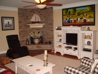 Huge, Modern, Beautifully Maintained - Chapel Hill vacation rentals