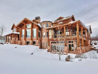 Crown Jewel Estate Park City with Mountain Views and Indoor Swimming Pool and Outdoor Hot Tub - Park City vacation rentals