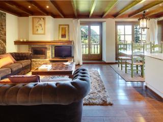 Val de Ruda 26 - Apartamento con wifi y parking - Baqueira Beret vacation rentals