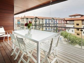 Apartamento Hondarribi 143A by FeelFree Rentals - Hondarribia vacation rentals