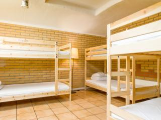 Cozy room in Stockholm central hostel - Stockholm County vacation rentals