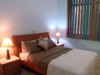 Bright 3 bedroom Condo in Marawila with Internet Access - Marawila vacation rentals