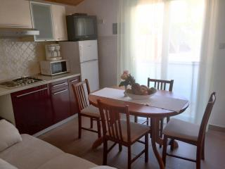 Raffaello - Apartment 7 - Kampor vacation rentals