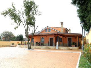 Cozy 2 bedroom Resort in Valmontone with Internet Access - Valmontone vacation rentals