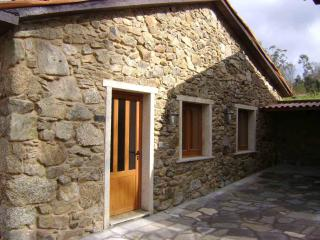 Comfortable Cottage with Toaster and Washing Machine - A Coruna Province vacation rentals