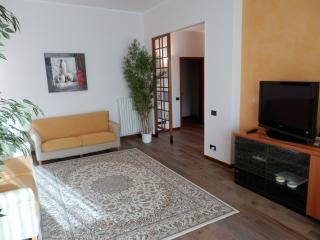 IDEALE PER VISITARE FIRENZE E LA ZONA DEL CHIANTI - Florence vacation rentals