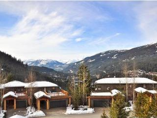 Nice Townhouse with Internet Access and Central Heating - Whistler vacation rentals