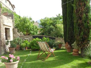 Lovely Condo with Internet Access and Central Heating - Cetona vacation rentals