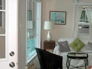 Little Flamingo Cottage -Peaceful and lovely. - North Cape May vacation rentals