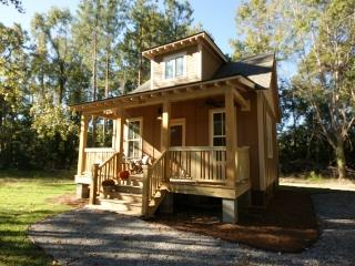 Cozy Cottage Retreat near Edisto River - Summerville vacation rentals