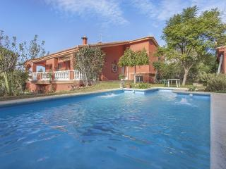 Nice Villa with Internet Access and Washing Machine - Cullera vacation rentals