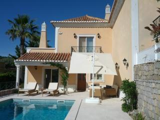 3 bedroom Villa with Dishwasher in Santa Barbara de Nexe - Santa Barbara de Nexe vacation rentals