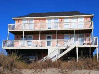 "146 Palmetto Blvd - ""Kickin' Back"" - Edisto Beach vacation rentals"