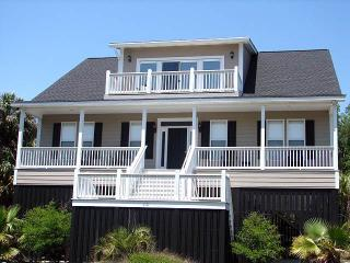 "3101 Fort St - ""Tucked Away"" - Edisto Beach vacation rentals"