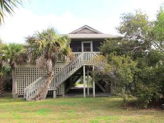 "3516 Myrtle St. - ""Camp Hill By-the-Sea"" - Edisto Beach vacation rentals"