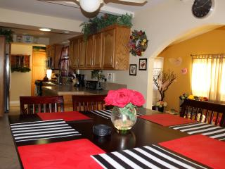 Beautiful Vacation Home W Private Pool, Hot Tub, G - Anaheim vacation rentals