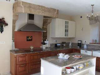 3 bedroom House with Internet Access in Brusvily - Brusvily vacation rentals