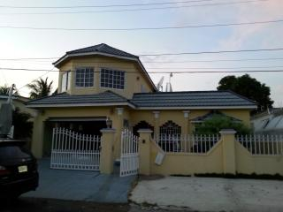 Guestrooms at Danishie's Place - Spanish Town vacation rentals