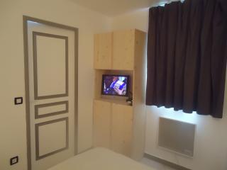 Romantic 1 bedroom Apartment in Agnieres en Devoluy with Dishwasher - Agnieres en Devoluy vacation rentals