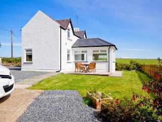 Comfortable 2 bedroom Drummore Cottage with Internet Access - Drummore vacation rentals