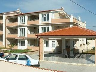 Apartment 8, type 4+2 - Privlaka vacation rentals